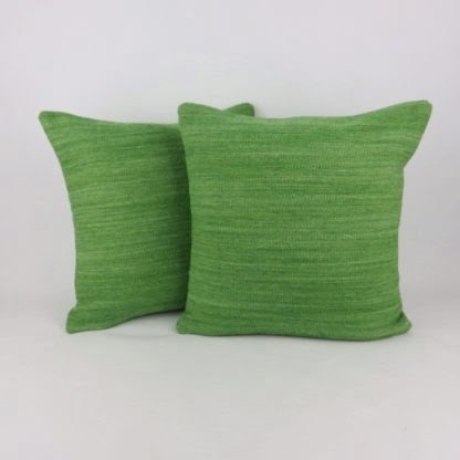 Green 100% Wool Tweed Cushion